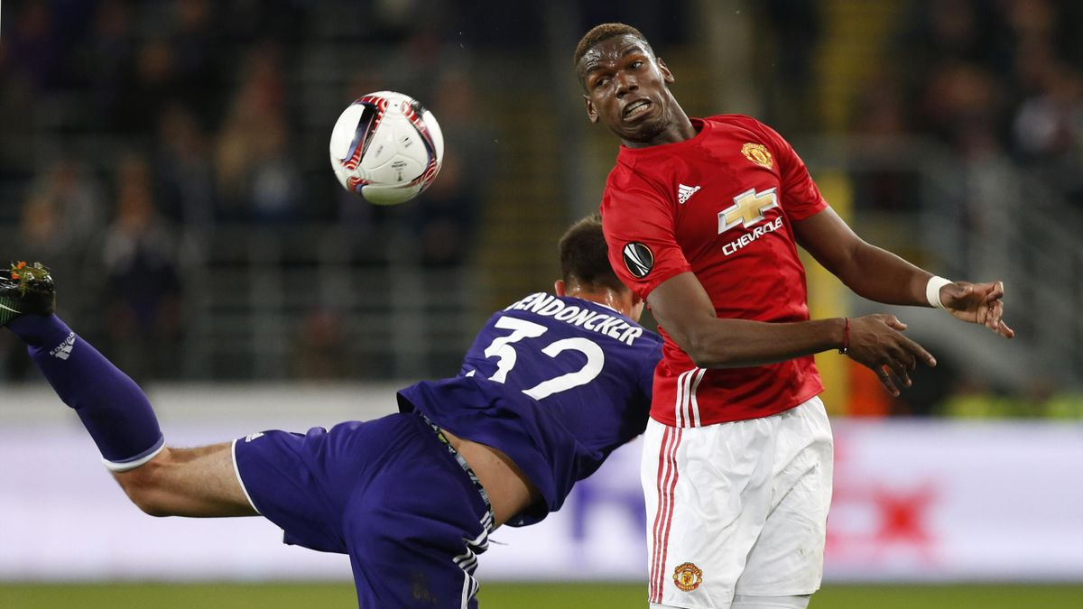 Manchester United's Paul Pogba in action with Anderlecht's Leander Dendoncker