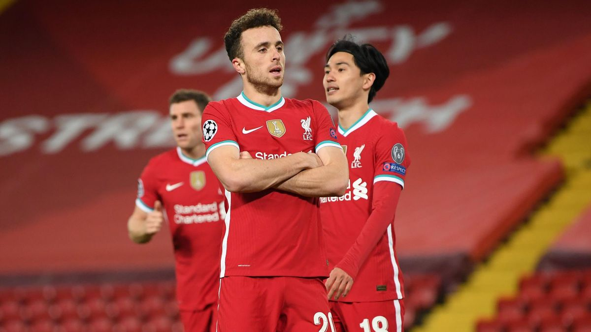 Jota And Salah Help Liverpool Stay Perfect In Europe As Fabinho Becomes Latest Injury Worry Eurosport