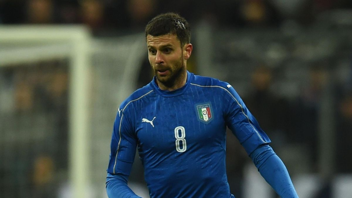 Italy´s Thiago Motta plays the ball during a friendly