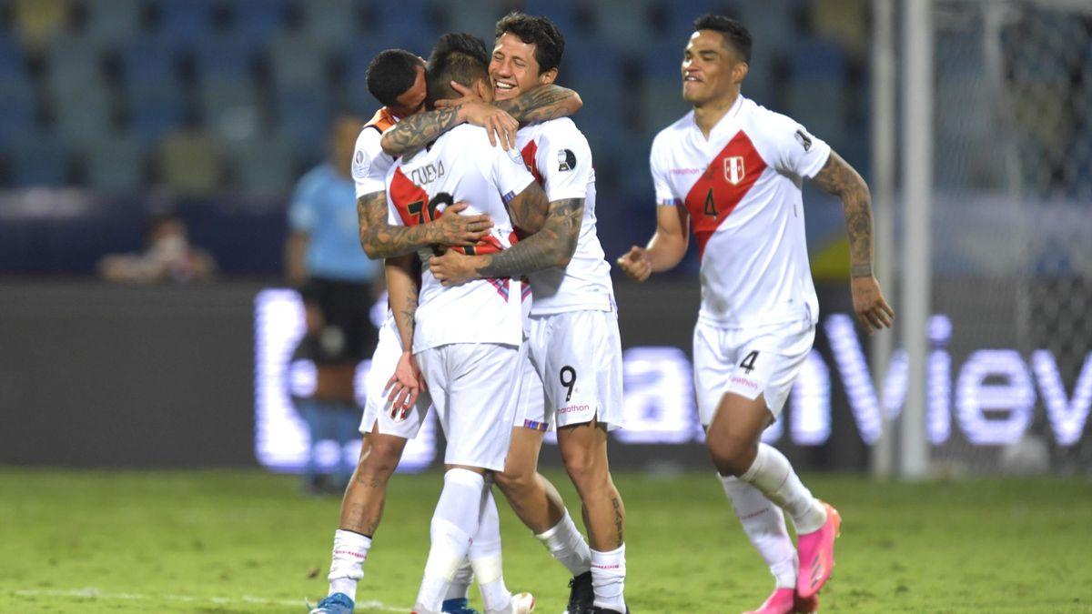 Lapadula Peru Paraguay Copa America