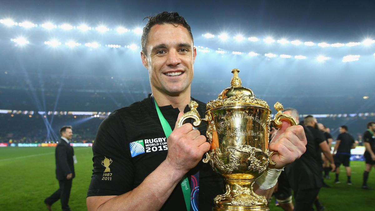 Dan Carter with the Webb Ellis Cup after the 2015 World Cup final