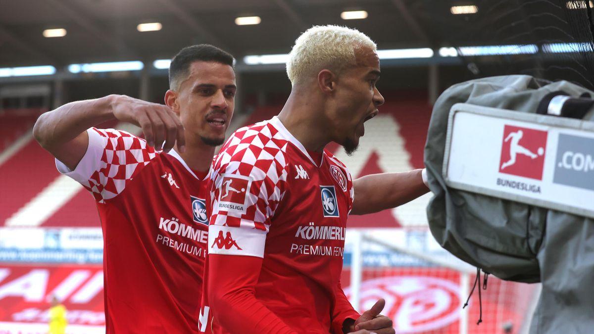 Der FSV Mainz 05 jubelt über den Sieg gegen den SC Freiburg