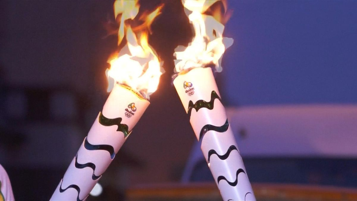 News_M : Rio 2016: Torch nears Rio de Janeiro