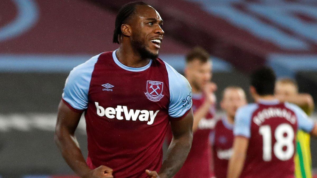 Michail Antonio celebrates scoring for West Ham