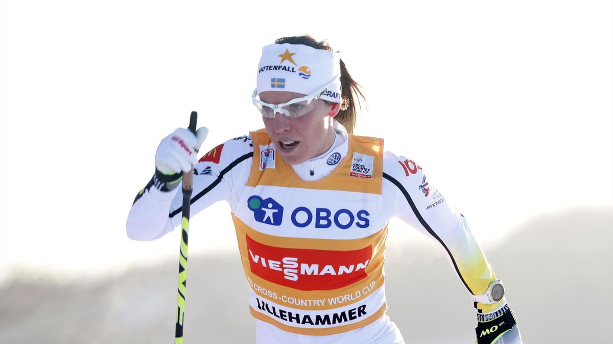 Swedish Charlotte Kalla competes before winning the Women's Cross Country Skiathlon event at the FIS World Cup Nordic Skiing on December 3, 2017 in Lillehammer, Norway.