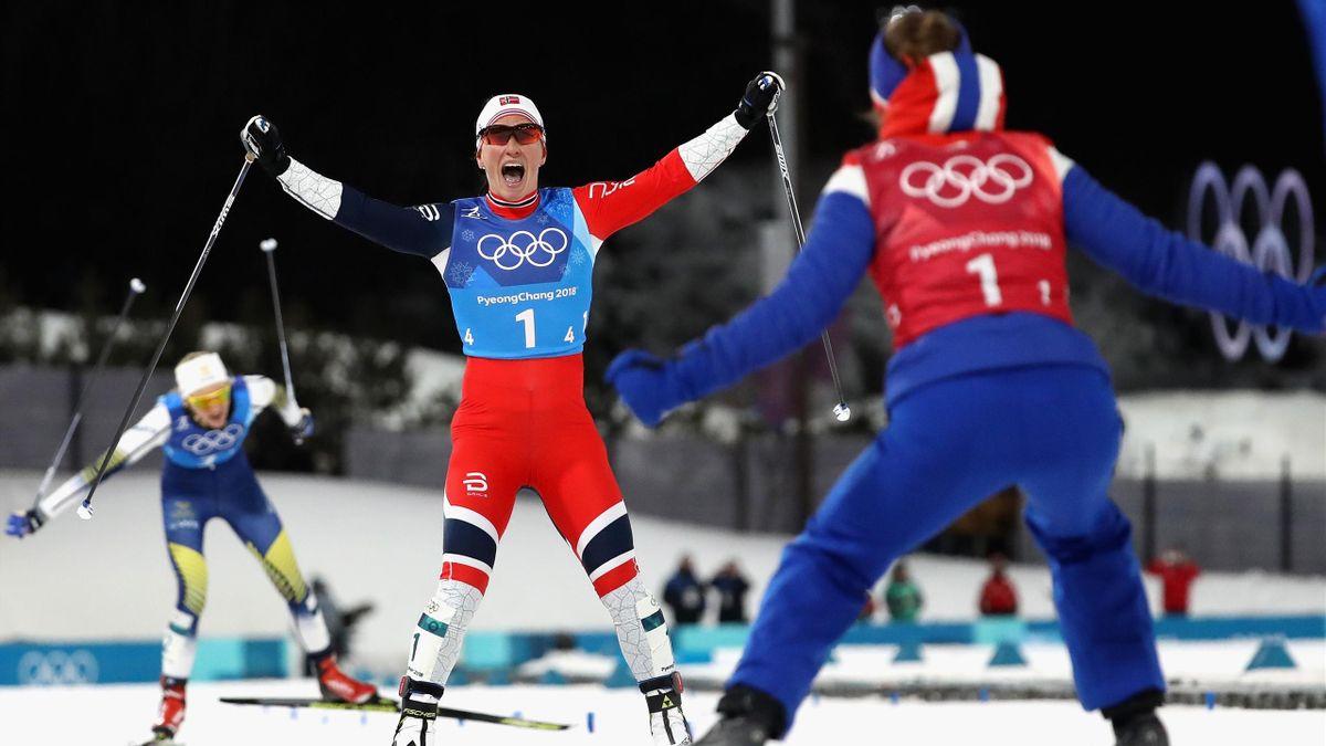 Marit Bjoergen, sacrée avec la Norvège en relais dames pour sa 13e médaille olympique, record absolu égalé
