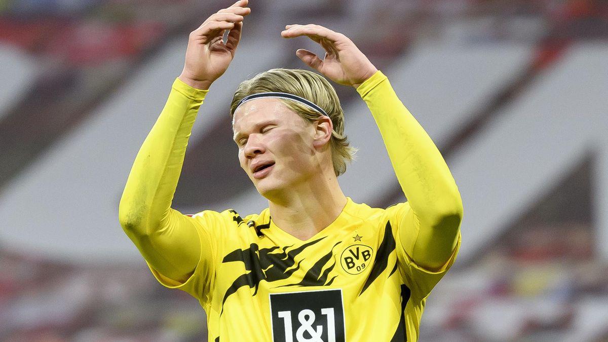 Borussia Dortmund striker Erling Haaland shows his frustration