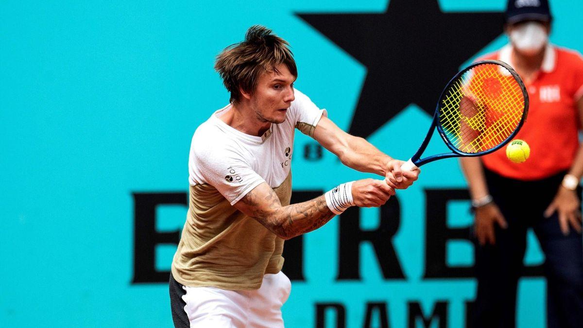 Alexander Bublik lors de son 1er tour au Masters 1000 de Madrid 2021