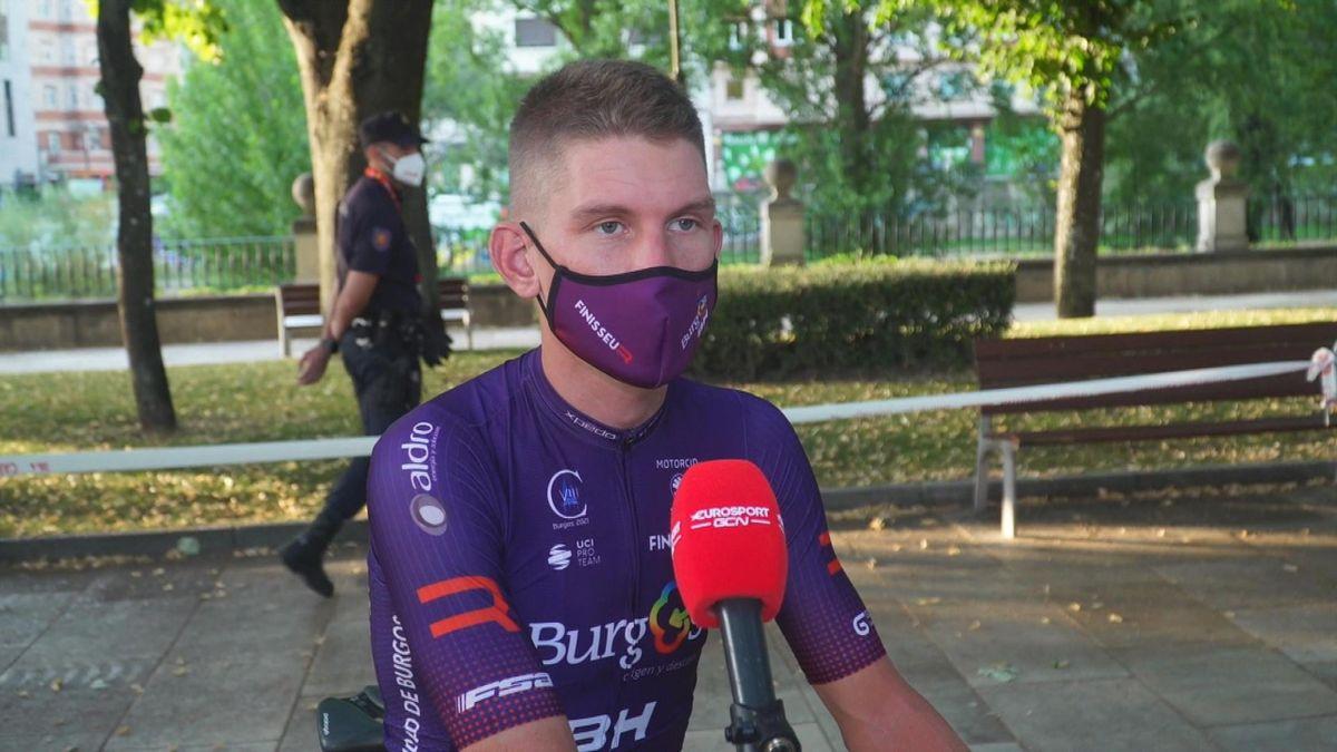 La Vuelta   'Thuisrijder' Bol voelt extra spanning in zoektocht naar juiste vlucht