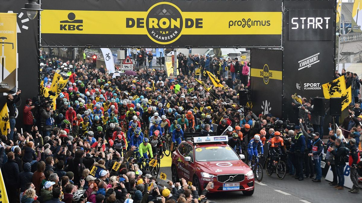 Cyclists pose at the start of the 102nd edition of the 'Ronde van Vlaanderen - Tour des Flandres - Tour of Flanders' one day cycling race