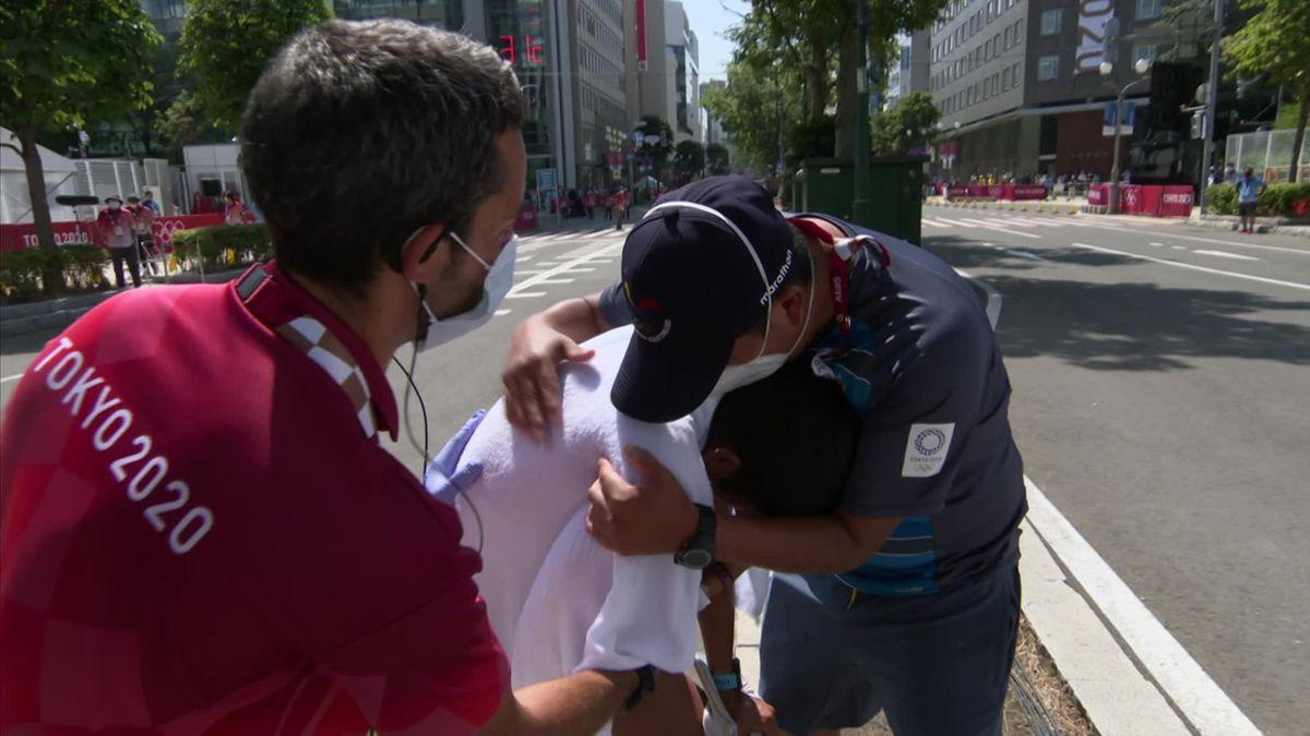 Tokyo 2020| In tranen over de finish - emotionele snelwandelaar eindigt uur na winnaar