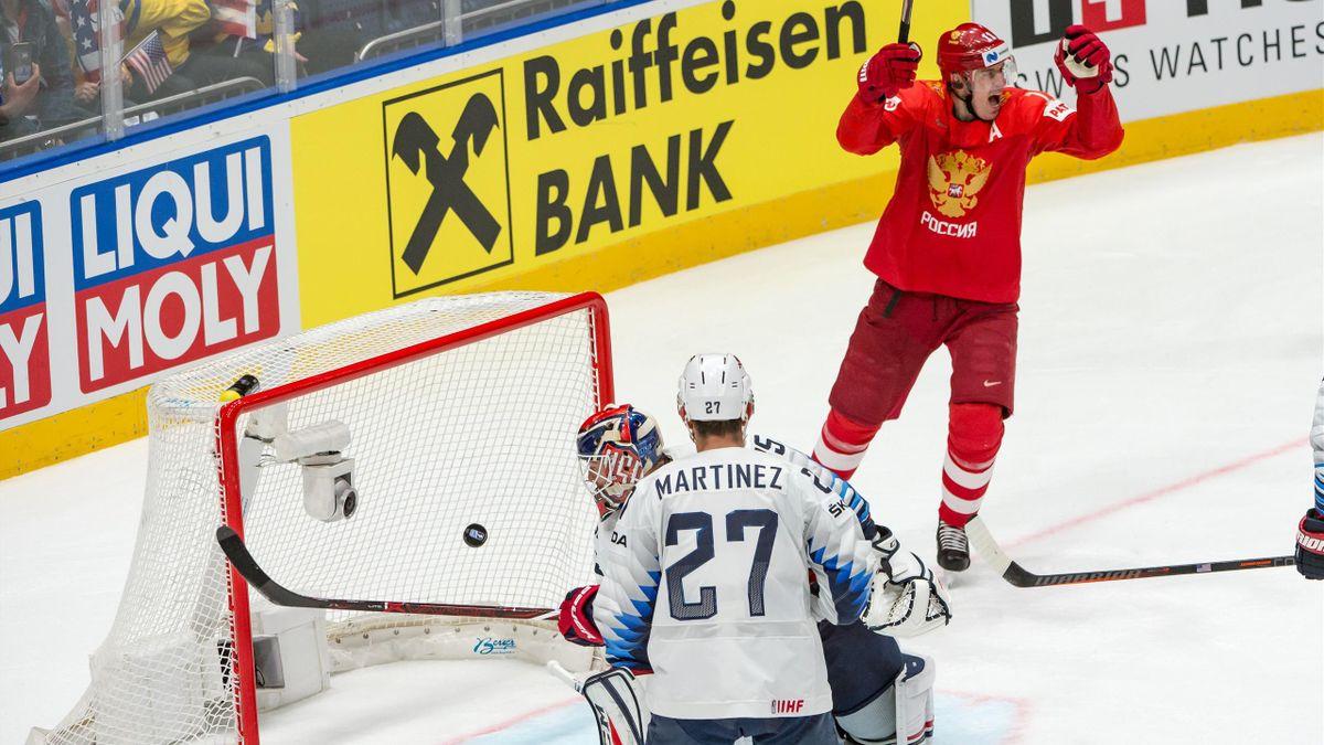 Evgeny Malkin (Russia),. Cory Schneider (USA), 2019 IIHF World Championship