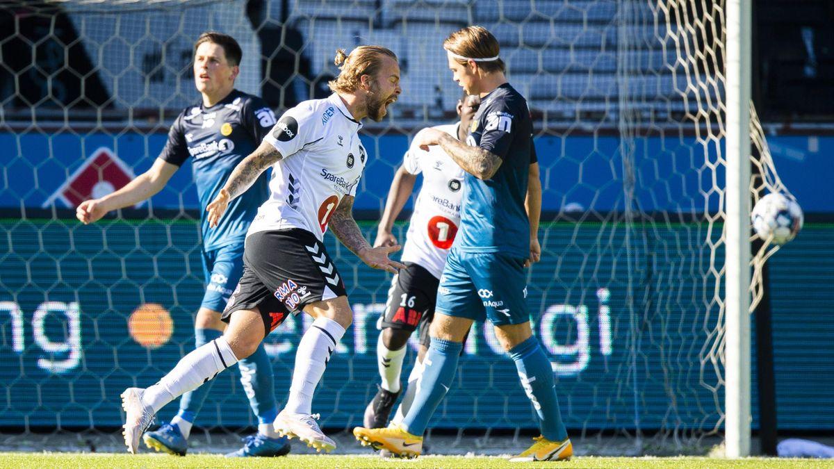 Sander Svendsen jubler for scoring.