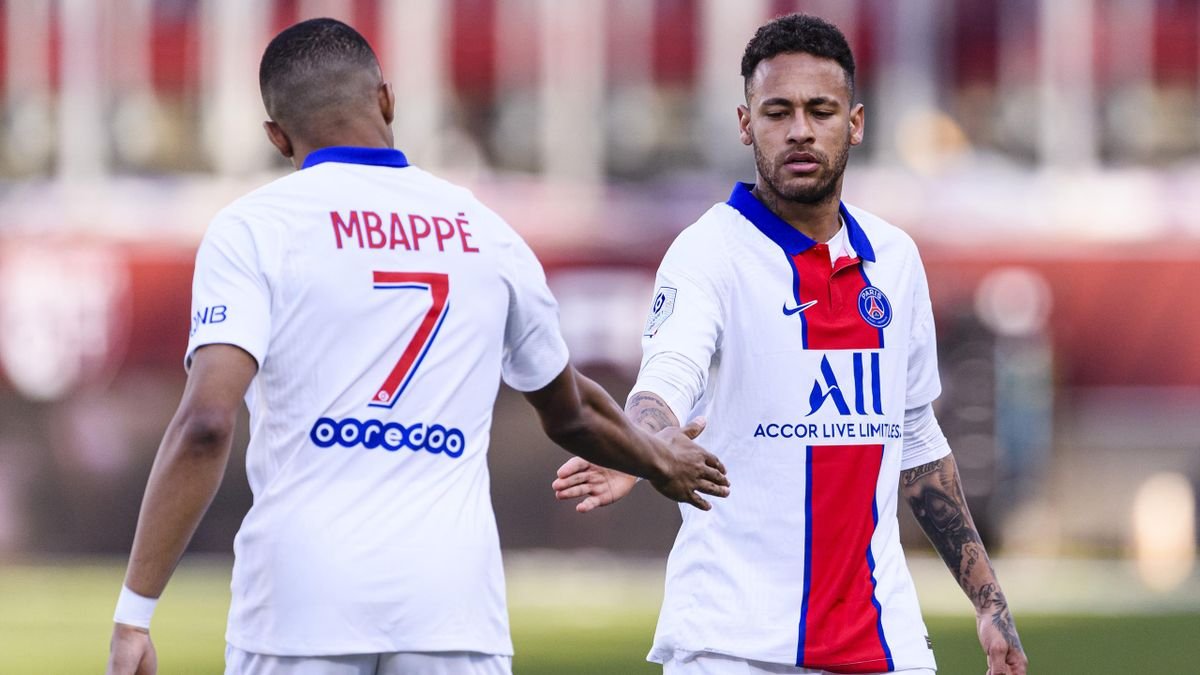 Kylian Mbappé (l.) und Neymar (r.)