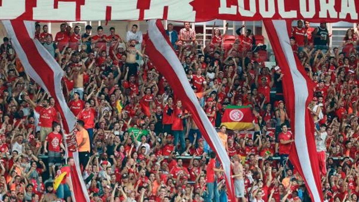 Fanii celor de la Internacional Porto Alegre