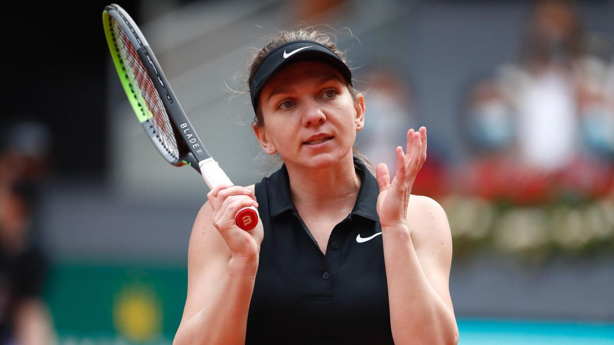 Simona Halep has withdrawn from the French Open