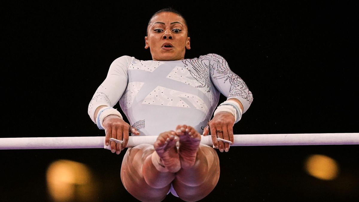 BEcky Downie on the uneven bars, s World Championships in Hanns Martin Schleyer Halle in Stuttgart, Germany on October 12, 2019