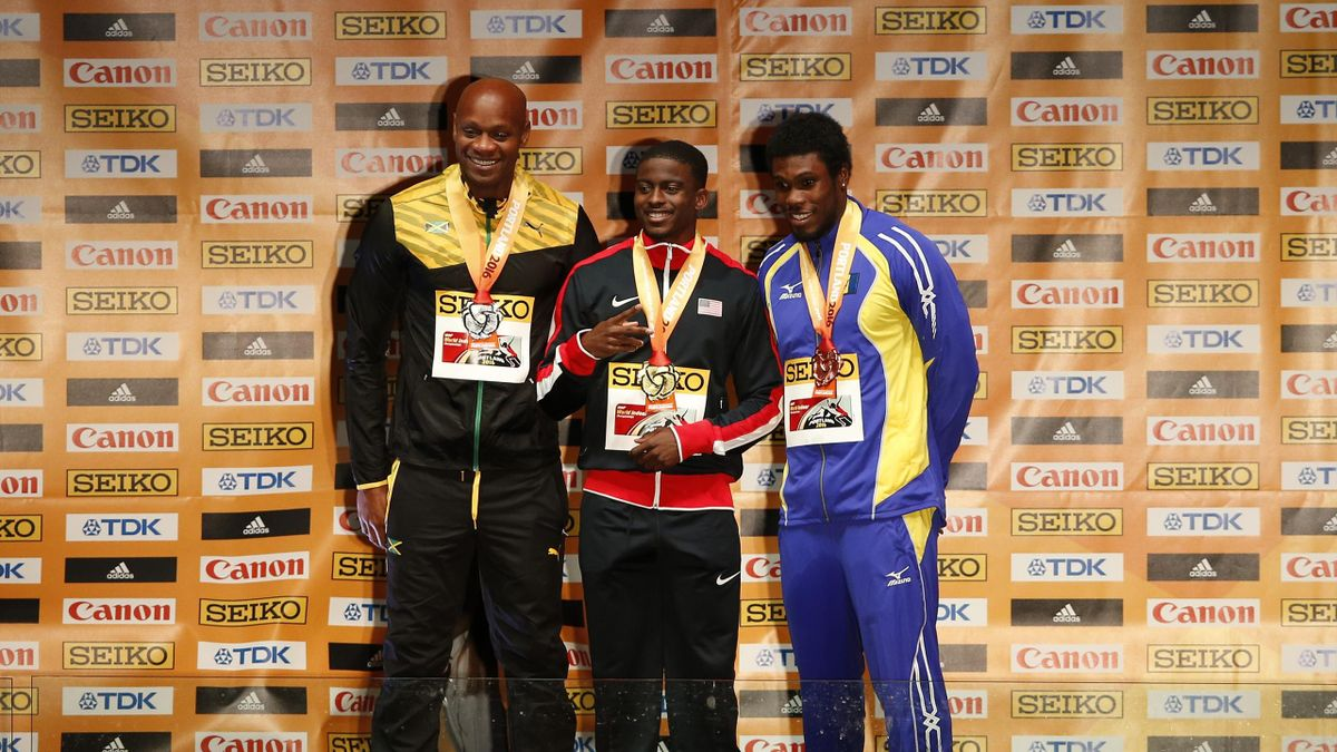 Asafa Powell a termine deuxième derrière Trayvon Bromell en finale du 60m des mondiaux en salle