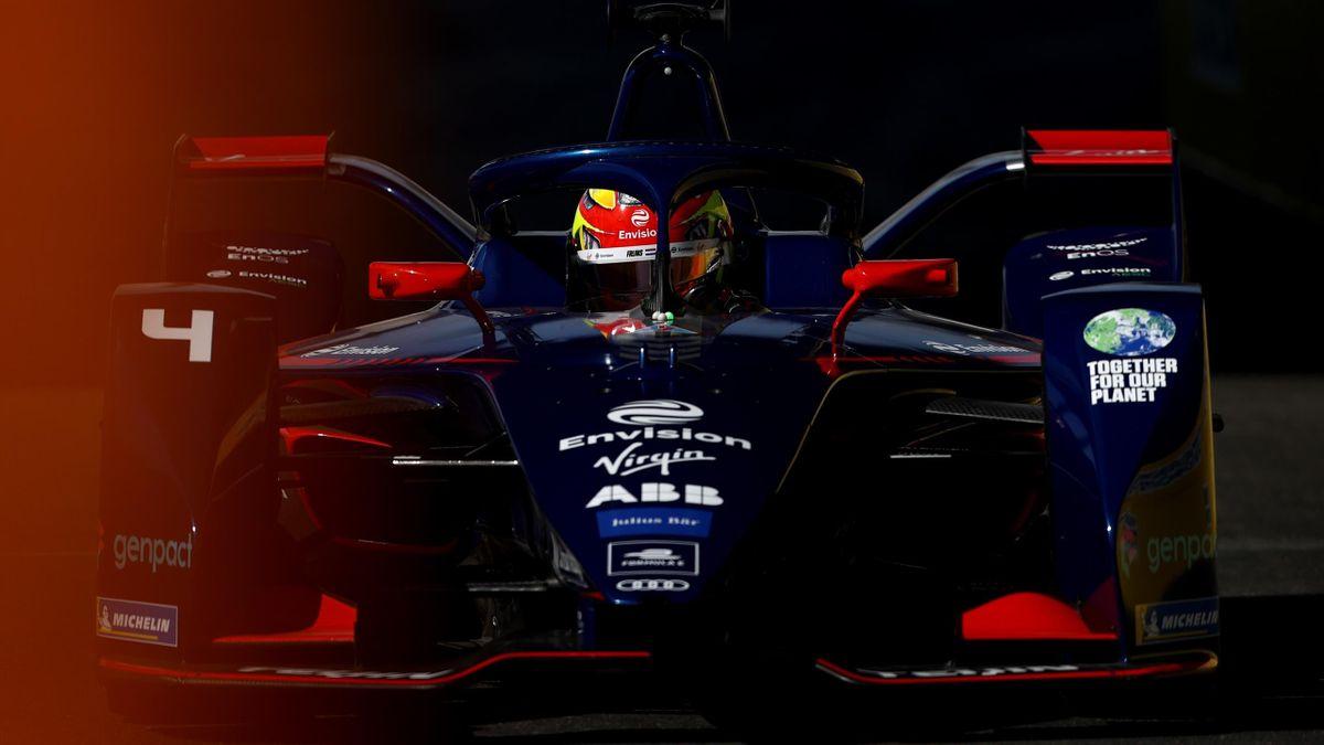Robin Frijns in action at the ABB FIA Formula E World Championship's