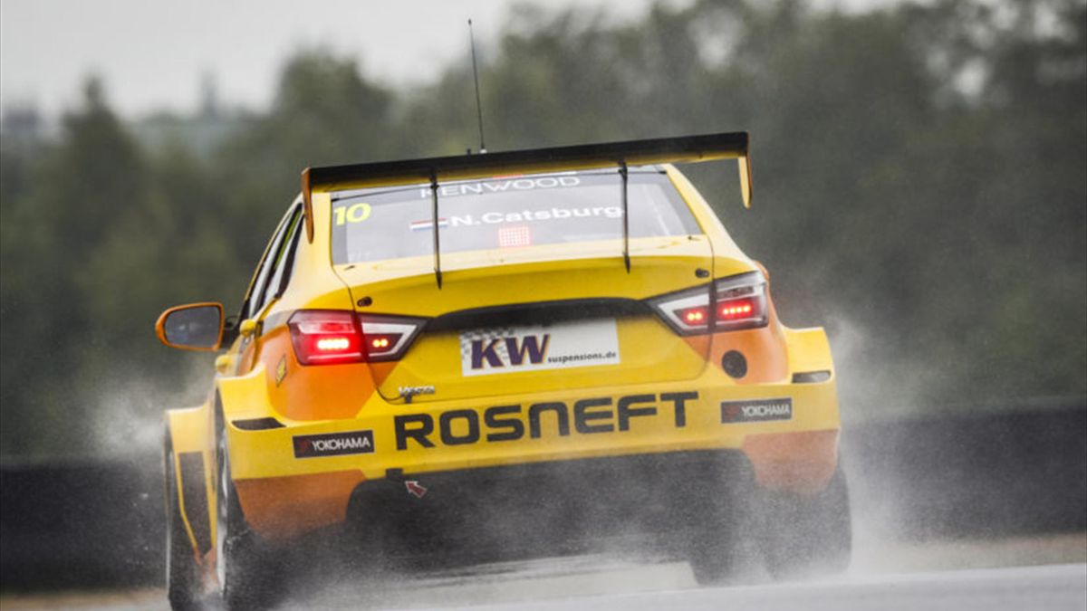 10 CATSBURG Nicky (ned) Lada Vesta team Lada Sport Rosneft action during the 2016 FIA WTCC World Touring Car Race of Moscow at Moscow Raceway, Russia from June 10 to 12 2016 - Photo Florent Gooden / DPPI