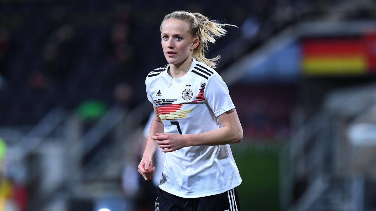 Lea Schüller im DFB-Trikot