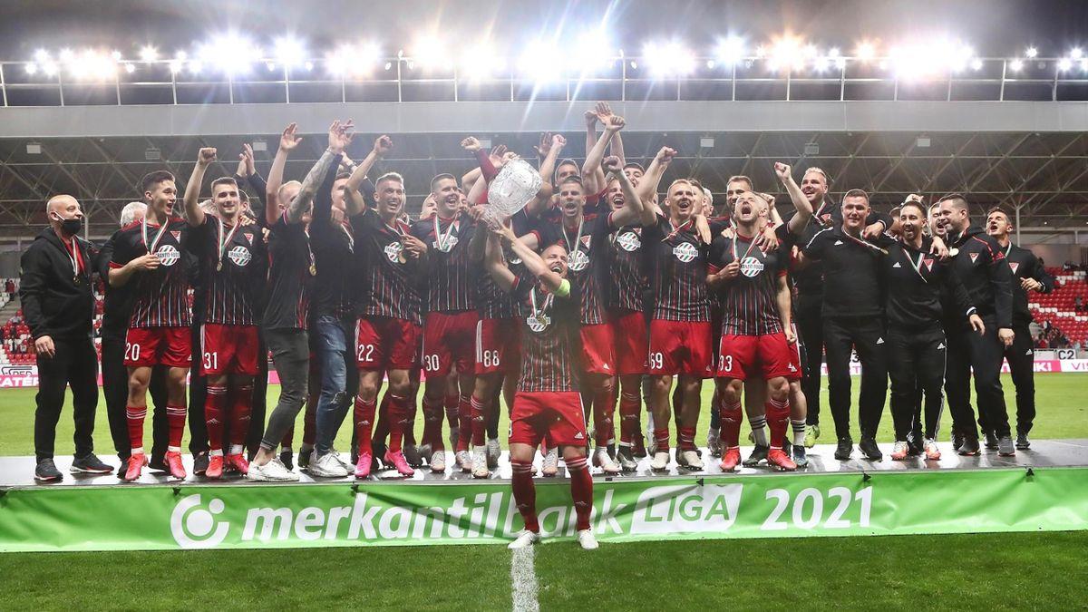 A DVSC nyerte a Merkantil Bank Ligát (Fotó: DVSC)