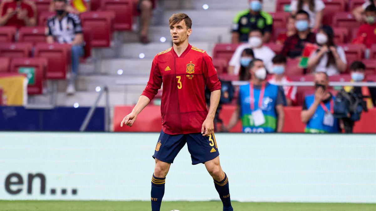 Diego Llorente in action during the international friendly match between Spain and Portugal