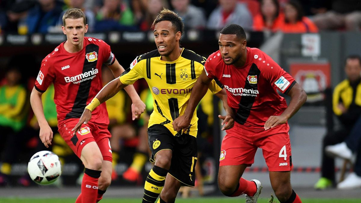 Borussia Dortmund und Bayer Leverkusen im Duell