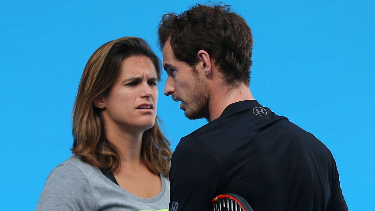 Amelie Mauresmo chats to Andy Murray