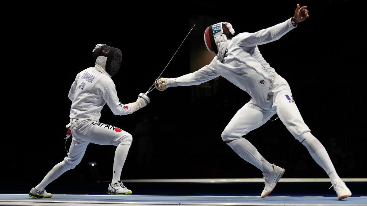 Yannick Borel lors du quart de finale France-Japon en épée par équipes à Tokyo en 2021