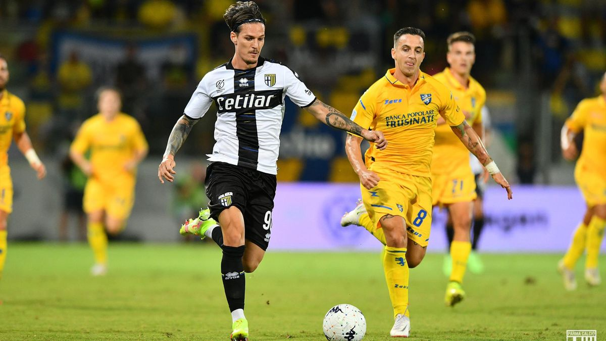 Dennis Man (Parma), în meciul cu Frosinone