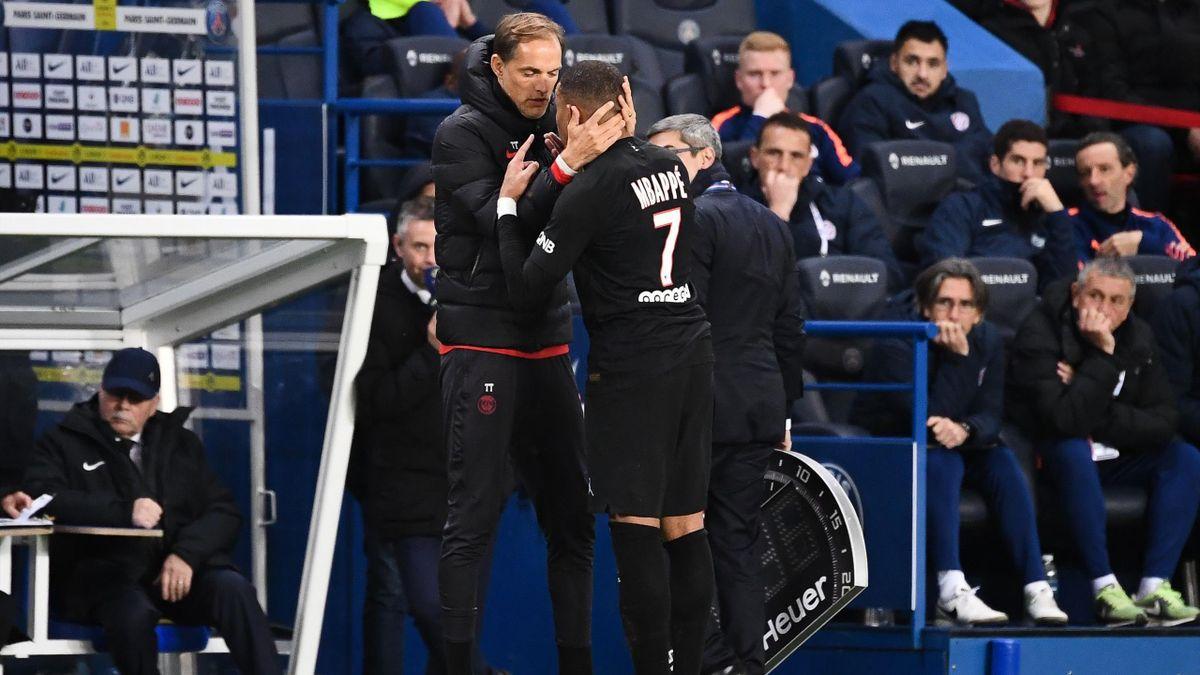 L'échange tendu entre Thomas Tuchel et Kylian Mbappé lors de PSG-Montpellier