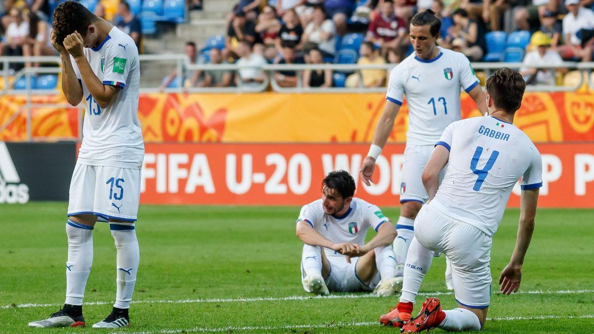 Gli azzurri in lacrime a fine partita - Ucraina-Italia Mondiali Under 20