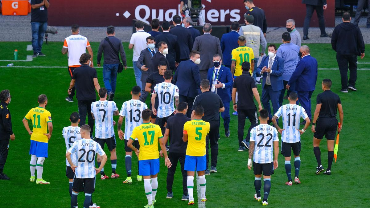 Players leave the area after the World Cup Qualifier game between Brazil and Argentina at Arena Corinthians on September 05, 2021 in Sao Paulo, Brazil. The World Cup Qualifier game between Brazil and Argentina was suspended due to health reasons.