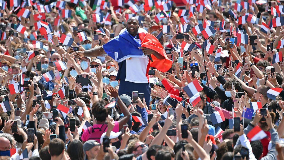 Teddy Riner au Trocadéro, le 8 août 2021.