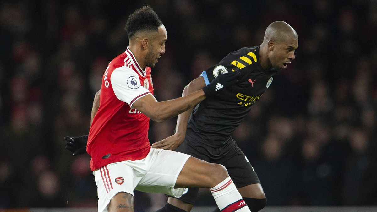 Pierre Emerick Aubameyang, Fernandinho (Arsenal - Manchester City)