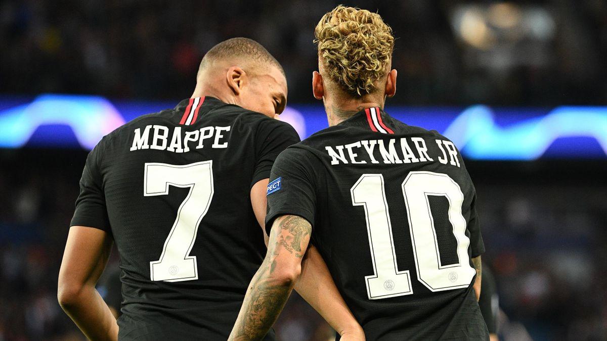 Mbappé et Neymar face à l'Etoile Rouge