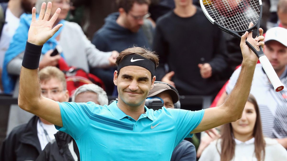 Roger Federer of Switzerland celebrates after winning his match against Mischa Zverev of Germany during day 3 of the Mercedes Cup at Tennisclub Weissenhof on June 13, 2018 in Stuttgart, Germany.