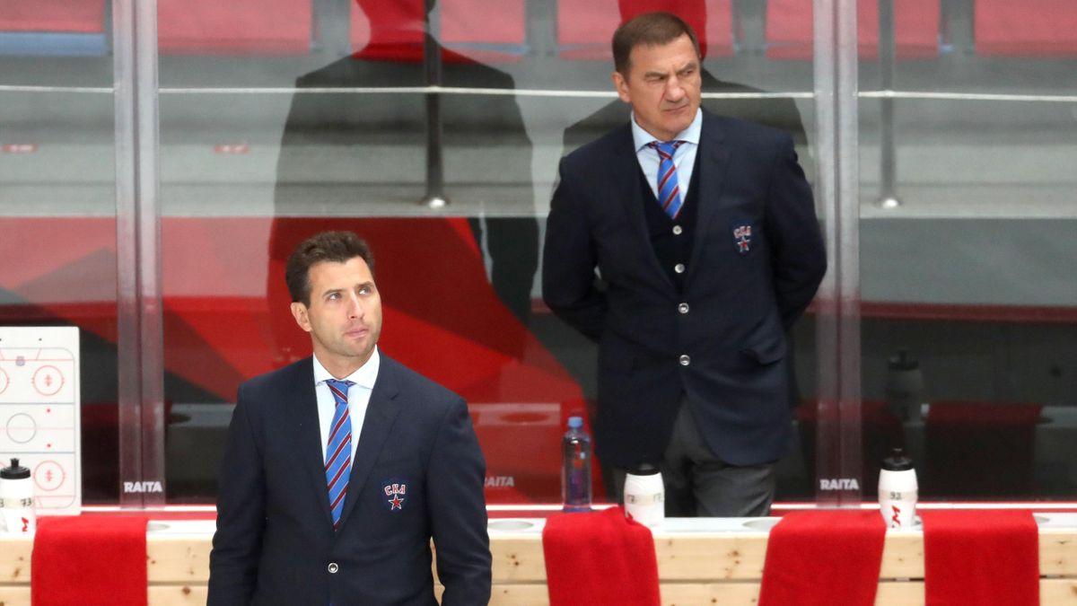Главный тренер СКА Валерий Брагин, вице-президент СКА и ФХР Роман Ротенберг