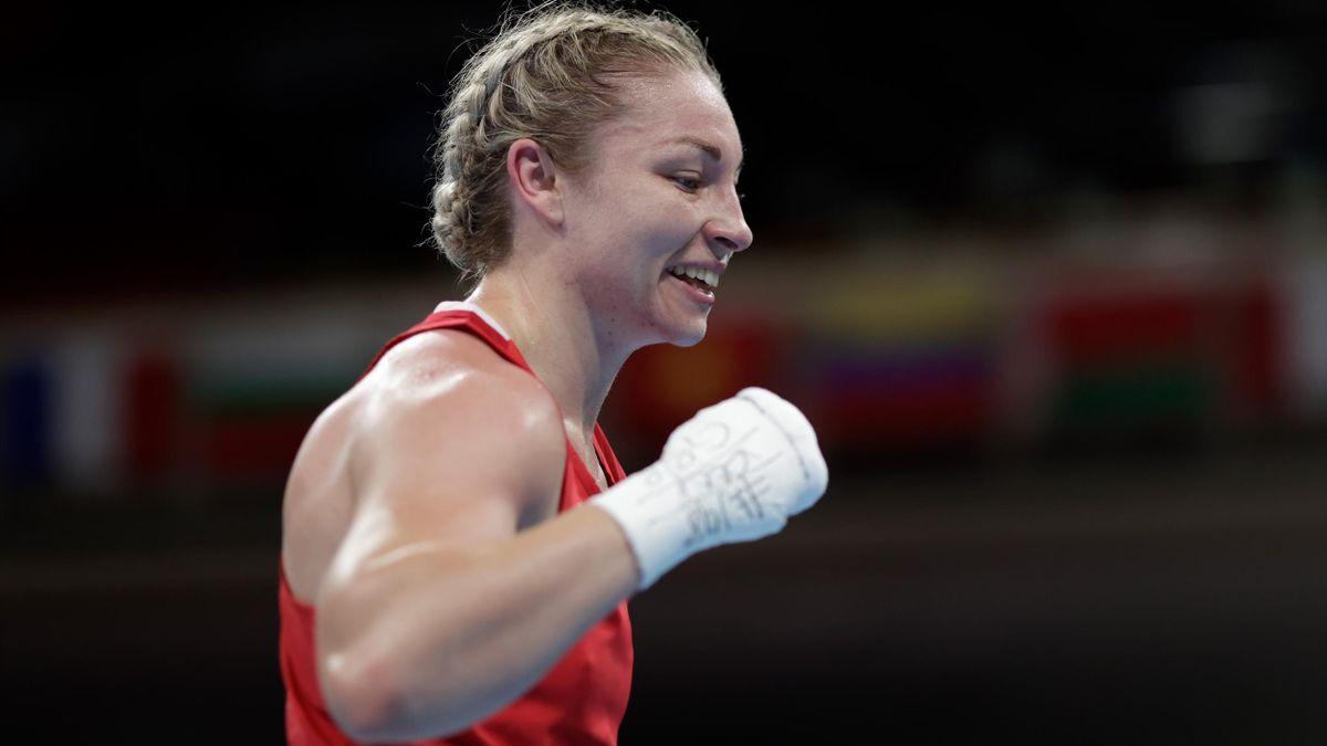 Lauren Price celebrates victory at Tokyo 2020, July 31, 2021