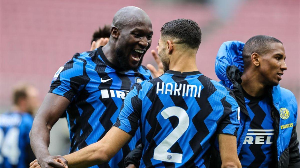 L'esultanza di Romelu Lukaku e Achraf Hakimi - Inter Stagione 2020-21