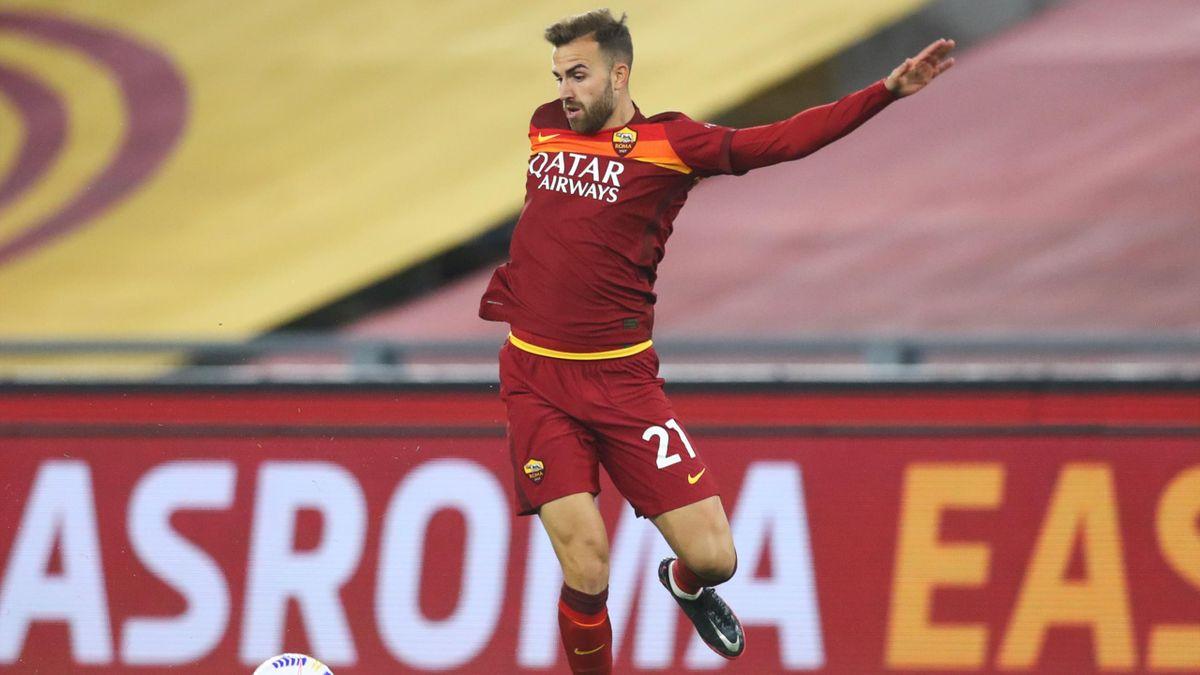 Borja Mayoral in azione con la Roma