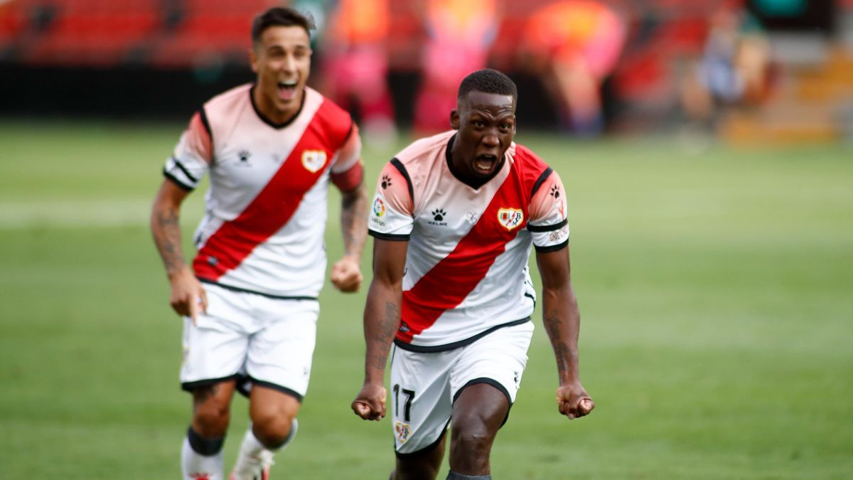 Luis Advincula of Rayo Vallecano celebrates a goal during the SmartBank spanish league football match between Rayo Vallecano and Albacete BP at Vallecas Stadium on June 10
