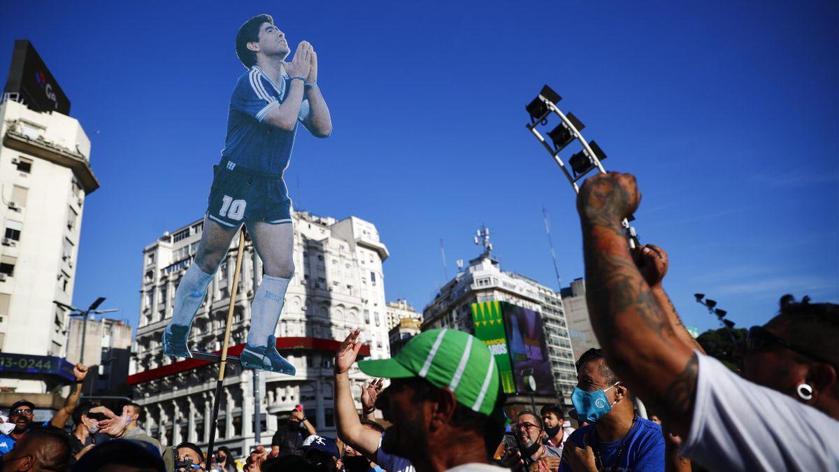 Protestmarsch der Maradona-Fans in Buenos Aires