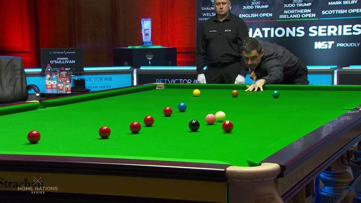 'Terrific bit of cueing... top class' - Ronnie sinks special red