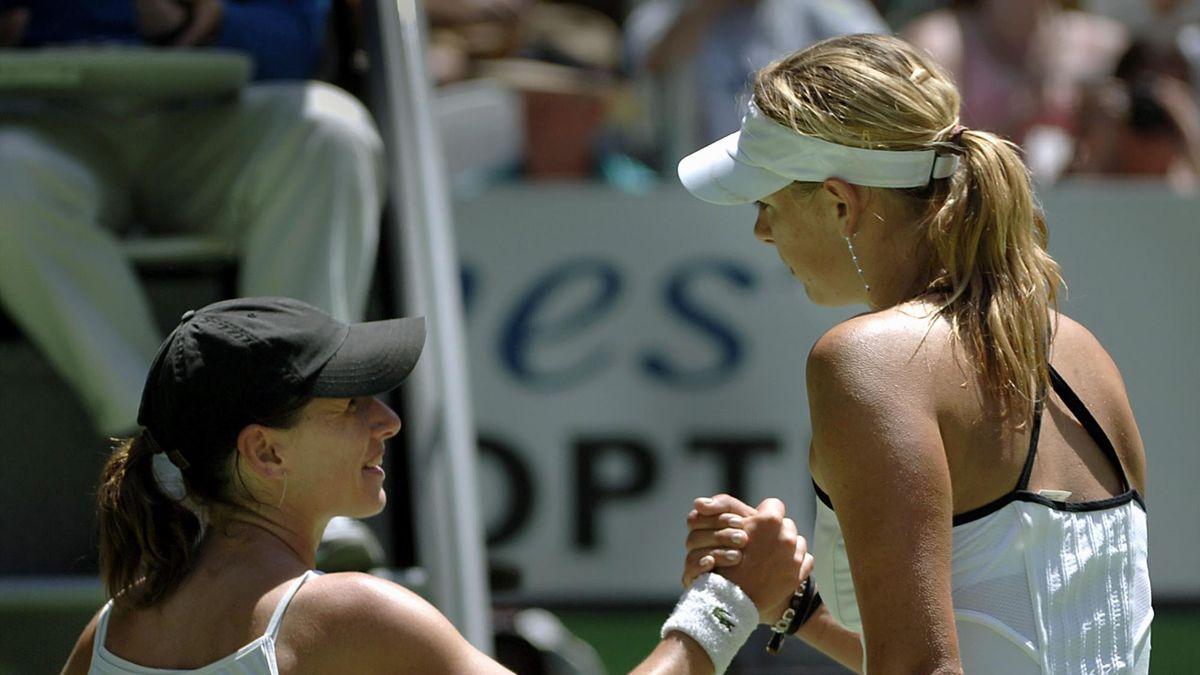 Camille Pin et Maria Sharapova à l'Open d'Australie en 2007
