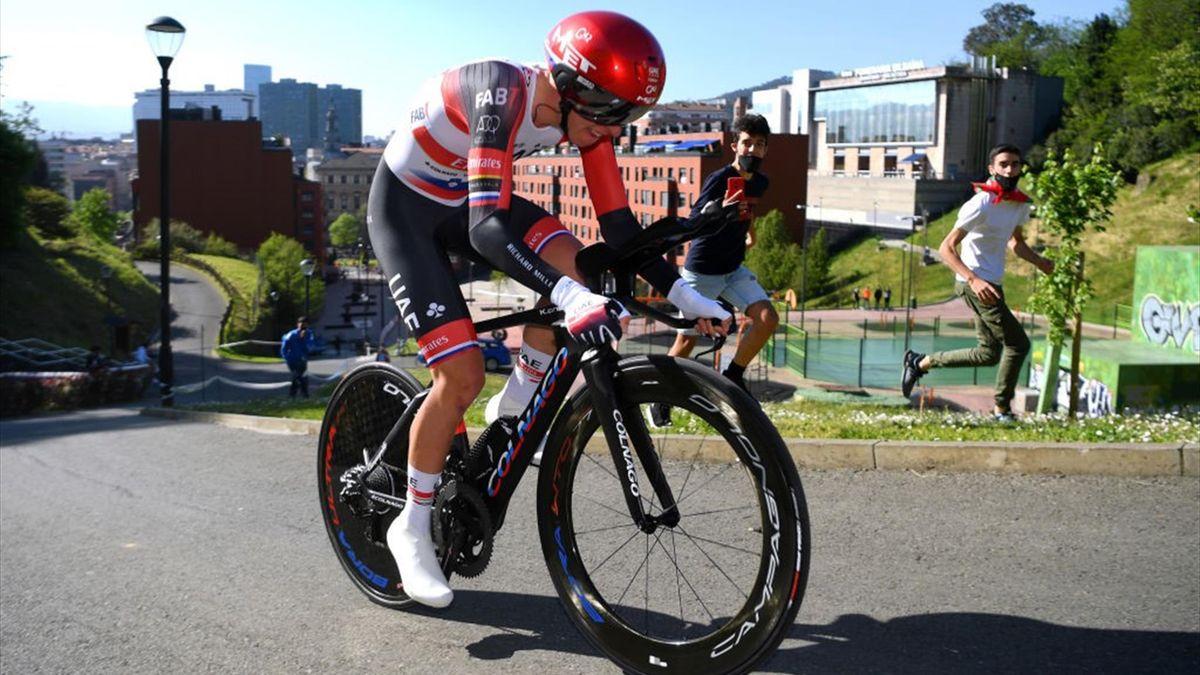 Tadej Pogacar durante la cronometro di Bilbao al Giro dei Paesi Baschi 2021 - Getty Images