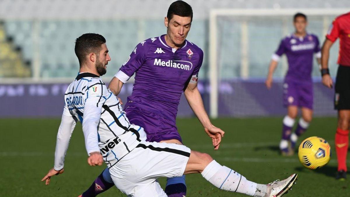Roberto Gagliardini și Nikola Milenkovic - Fiorentina-Inter