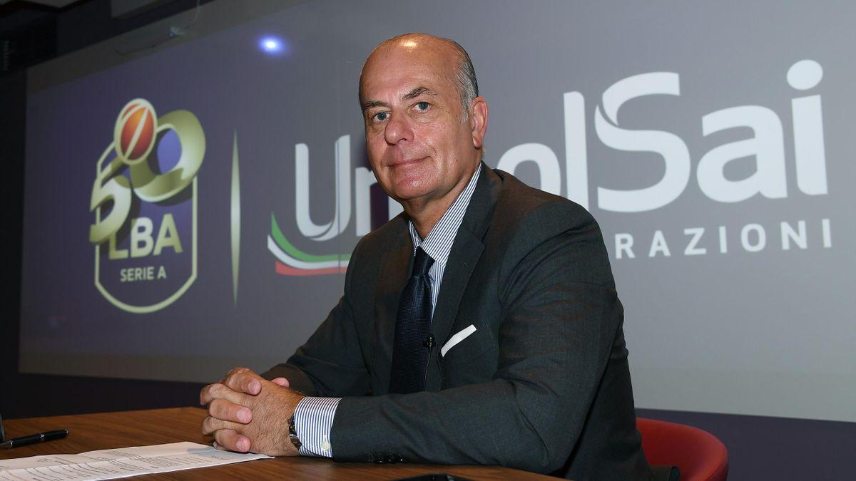 Il presidente di Lega, Umberto Gandini, durante la conferenza stampa di fine stagione 2020-21 (foto LegaBasket)