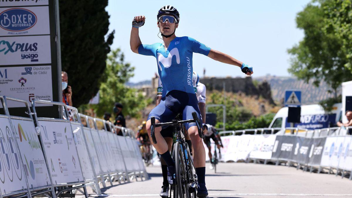 Gonzalo Serrano (Movistar) gewinnt die 1. Etappe der Andalusien-Rundfahrt
